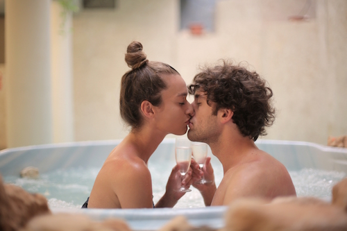 two person acrylic bathtub